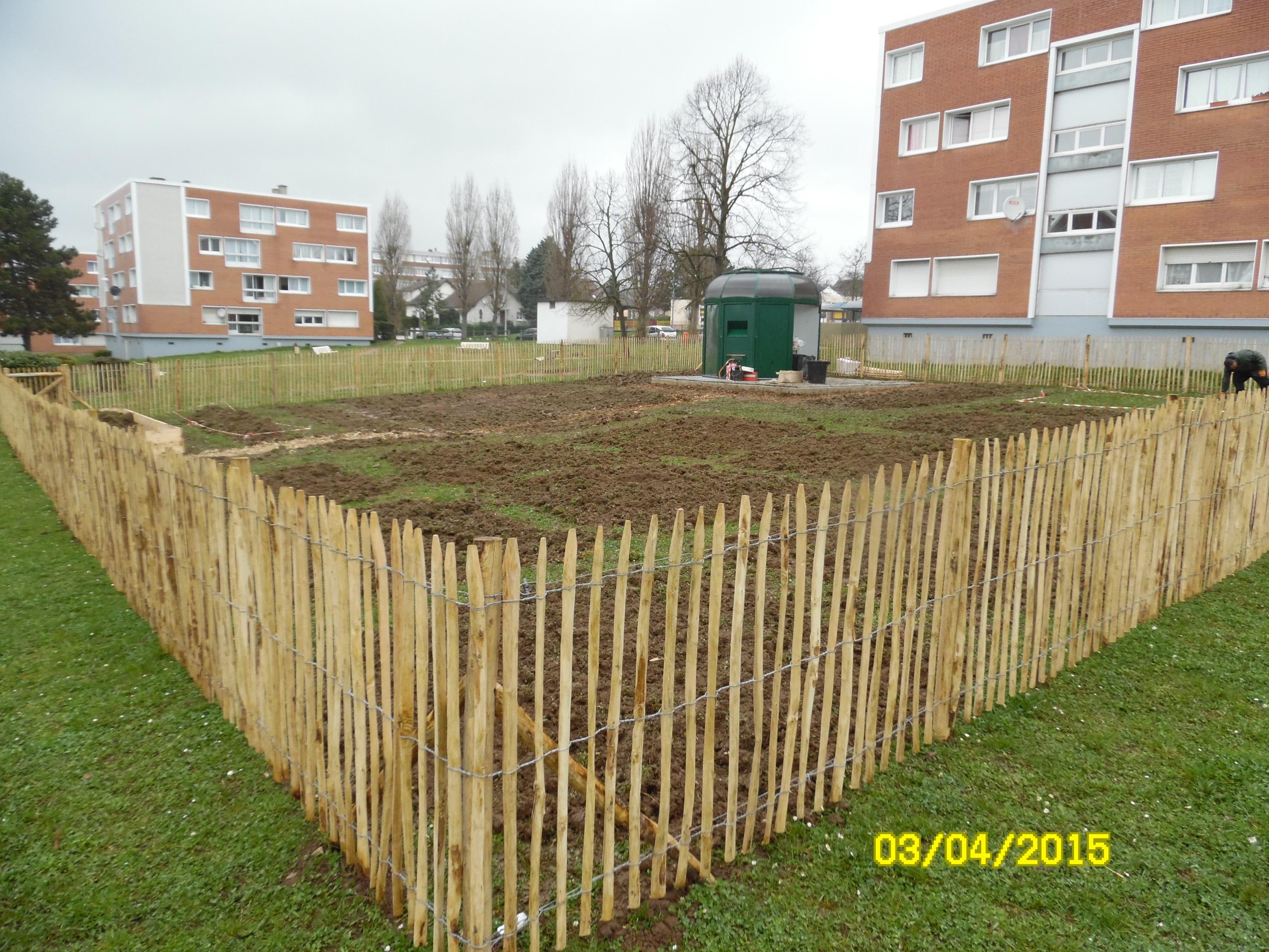 Jardins solidaires partag s et composts de quartier for Jardin de metis 2016